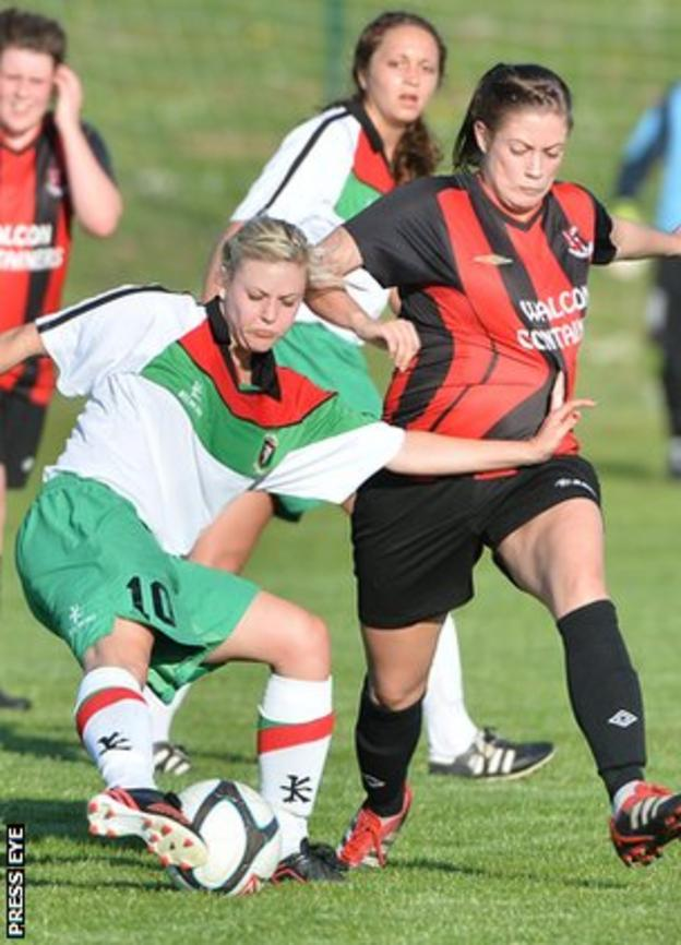 Action from the match between Glentoran Belfast United and Crusaders Strikers