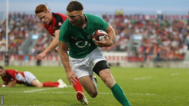 Fergus McFadden scores a try against Canada