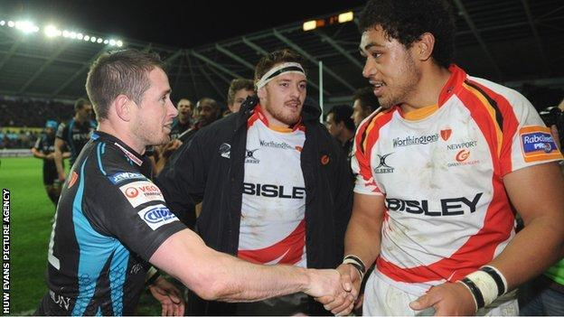 Shane Williams greets Toby Faletau at the end of a game between Ospreys and Newport Gwent Dragons