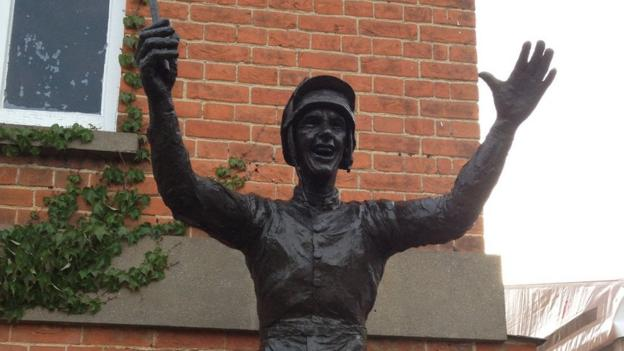 Ascot statue of jockey Frankie Dettori