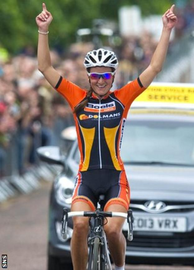 Lizzie Armitstead crosses the line in first place to become British Road Race champion