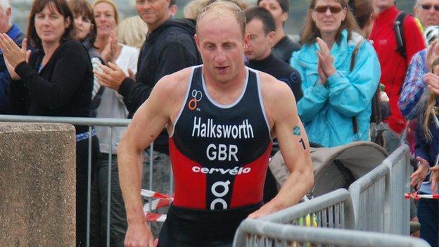 Dan Halksworth in the Jersey Triathlon