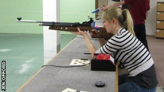 Jen Offord with rifle