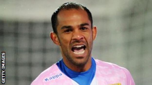 Evian forward Saber Khelifa