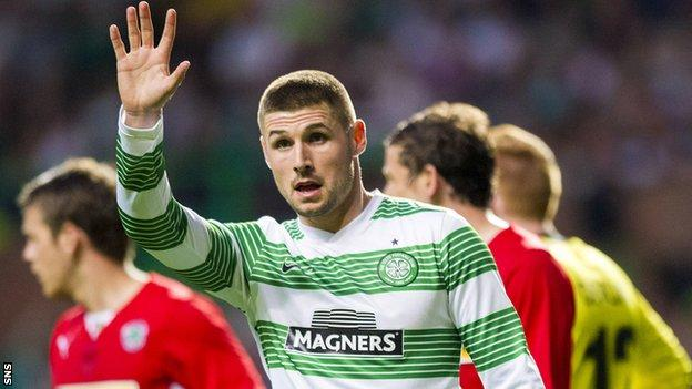 Gary Hooper is joining Norwich from Celtic
