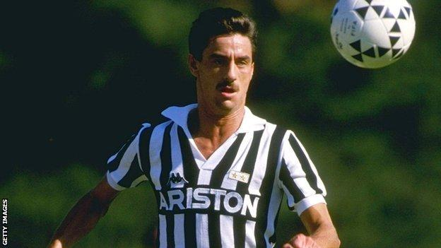 Ian Rush playing for Juventus