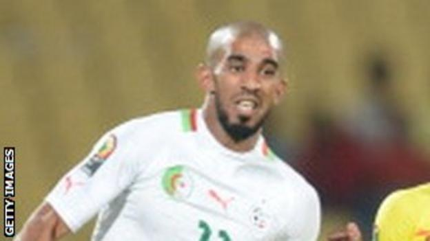 Hameur Bouazza in action for Algeria