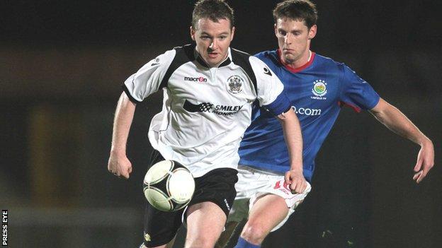 Ryan McCann playing for Lisburn Distillery