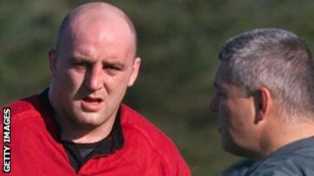 Keith Wood and then-Ireland coach Warren Gatland in 1999