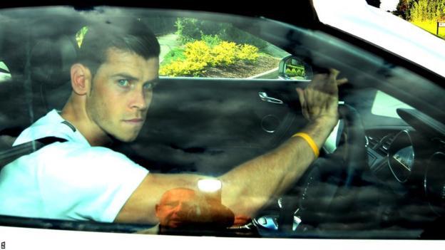Gareth Bale exits Spurs