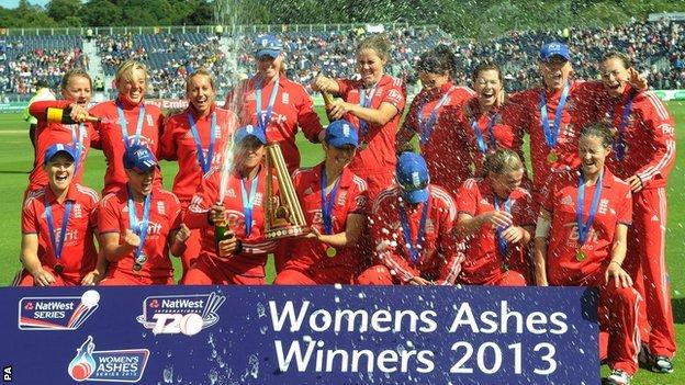 England celebrate winning the Women's Ashes