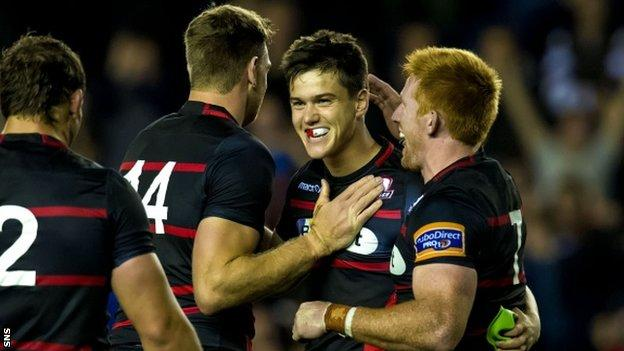 Edinburgh celebrate Harry Leonard's winning kick