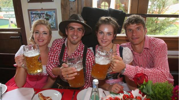 Bayern Munich at Oktoberfest