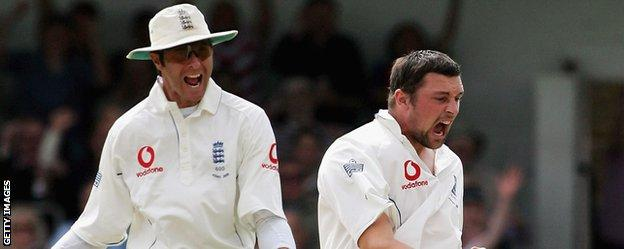Michael Vaughan and Steve Harmison celebrate a wicket during England's 2005 Ashes victory