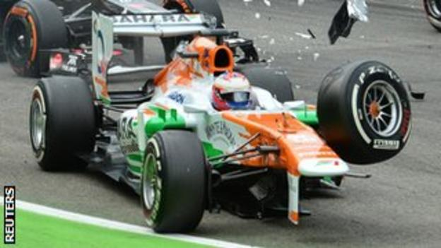 Paul Di Resta crashes at the Italian Grand Prix