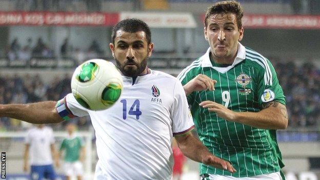 Azerbaijan's Rashad Sadygov holds off Martin Paterson in Baku