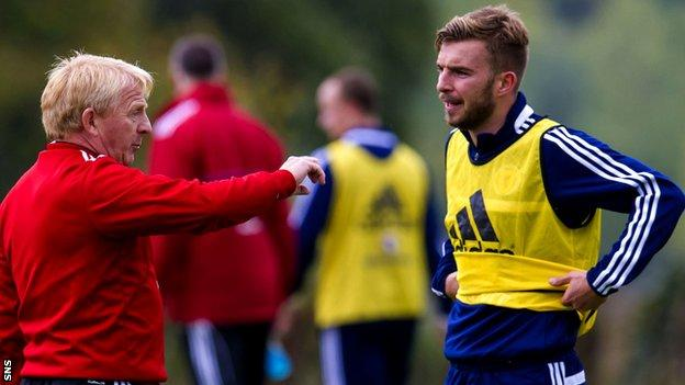 Scotland manager Gordon Strachan and James Morrison during training