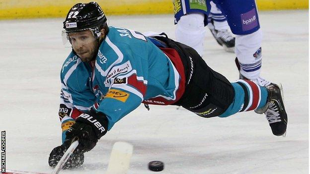Kevin Saurette scored the first goal for the Belfast Giants away to Cardiff Devils