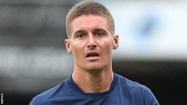 Southend United striker Barry Corr