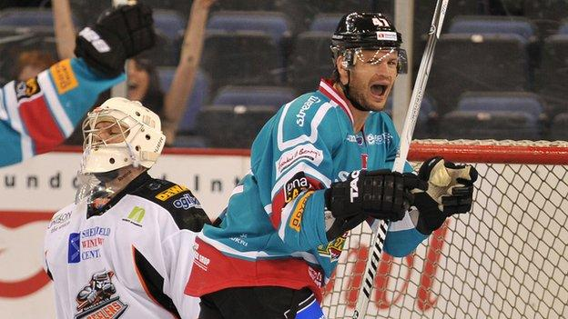 Adam Keefe of the Belfast Giants