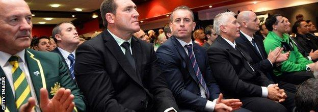England coach Steve McNamara (third from left)