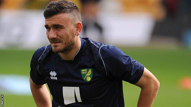 Robert Snodgrass in action for Norwich City