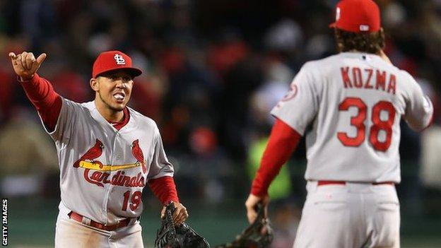 St Louis Cardinals square the World Series with a 4-2 win in game two at Boston's Fenway Park