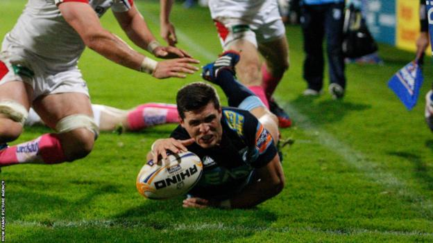 Rob Smith scores a try for the Cardiff Blues in their 39-21 defeat to Ulster.