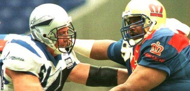 William ''The Fridge'' Perry of the Monarchs blocks a tackle during the London Monarchs v Scottish Claymores World League of American Football game in 1996