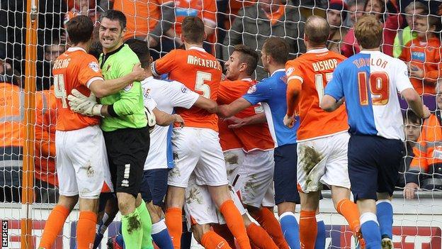 Blackpool & Blackburn brawl
