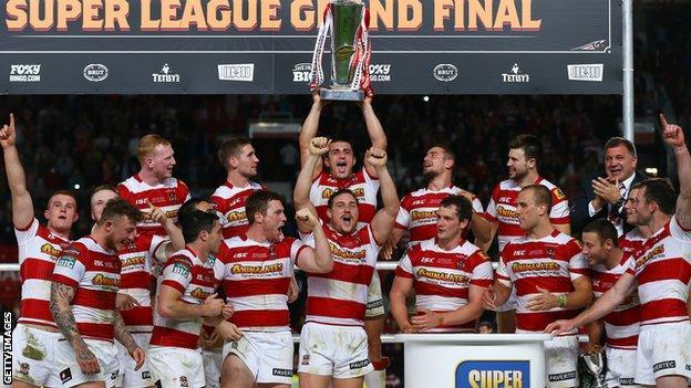 Wigan win the Super League Grand Final