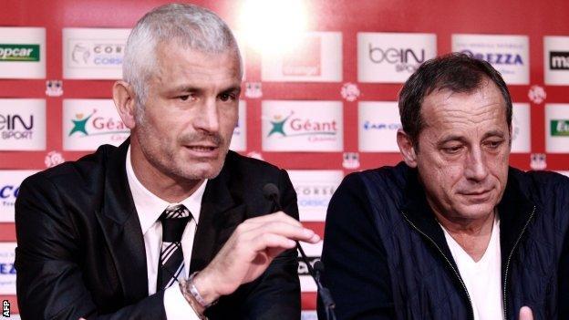 Fabrizio Ravanelli leaves as Ajaccio boss.