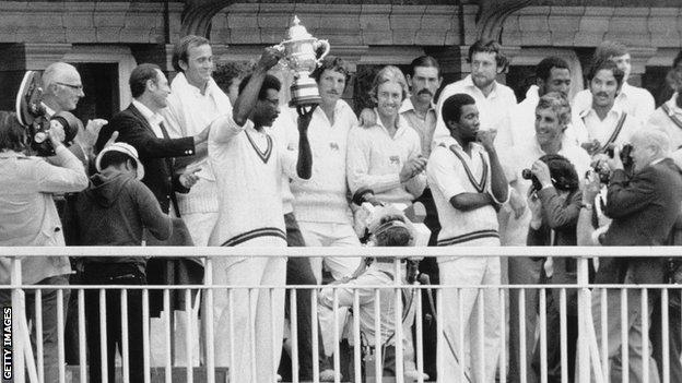 Clive Lloyd lifts the World Cup in 1979