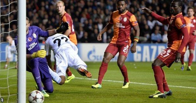 Daniel Braaten backheels FC Copenhagen's winner against Galatasaray