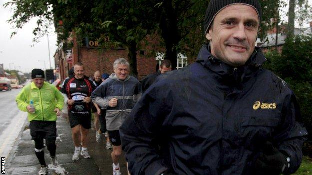 Steve Prescott (right) on a run raising money for charity