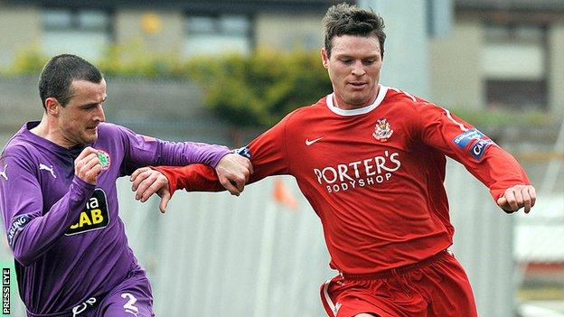 Kevin Braniff in action for Portadown