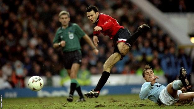 Ryan Giggs in action for Manchester United against Manchester City during the 1994-95 season.