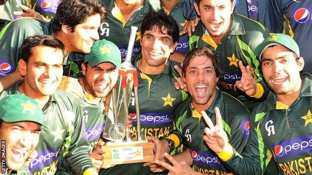 Pakistan celebrate with the one-day series trophy