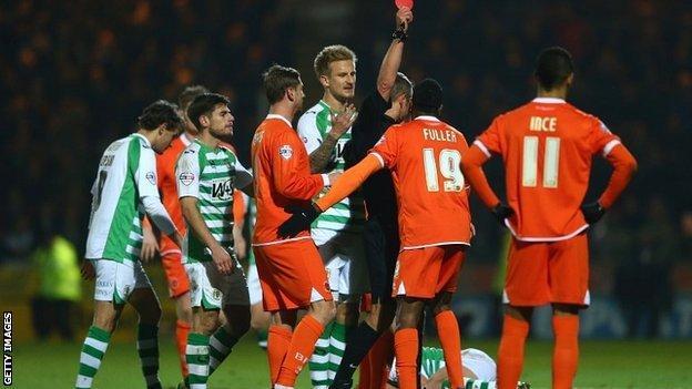 Ricardo Fuller is sent off