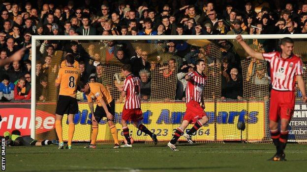 Jamie Murphy celebrates his goal for Sheffield United against Cambridge