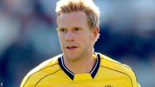 Barrow manager Darren Edmondson