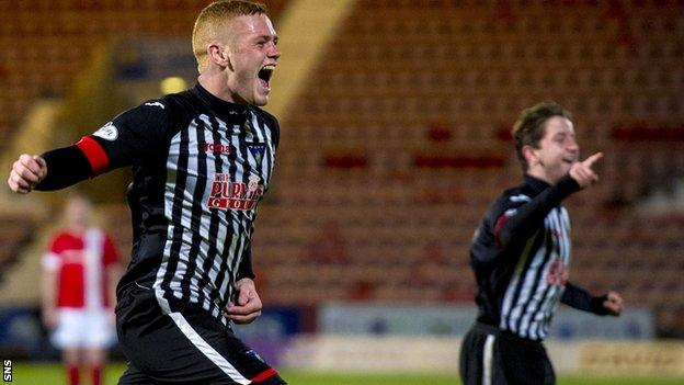 Dunfermline are second in League One