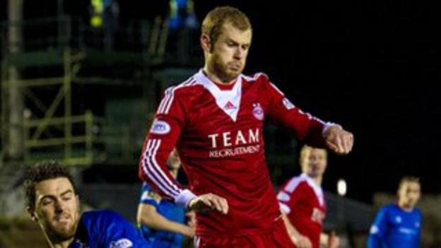 Mark Reynolds in action against Inverness