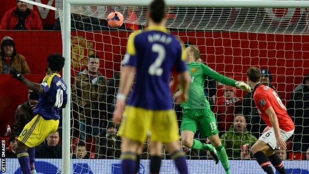 Wilfried Bony scores winner for Swansea