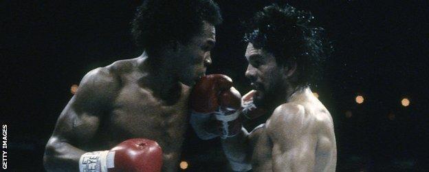 Sugar Ray Leonard and Roberto Duran