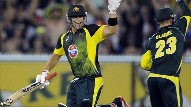 Australia batsman Aaron Finch and captain Michael Clarke batting against England