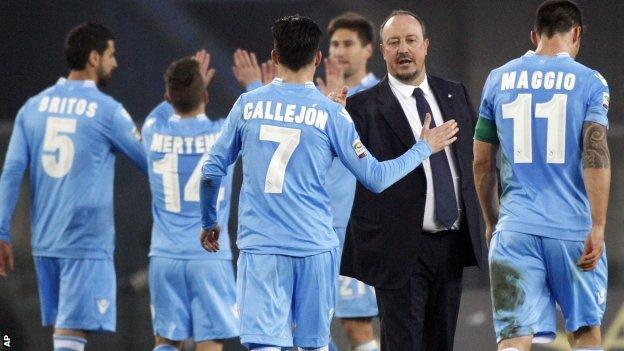 Napoli celebrate win over Verona