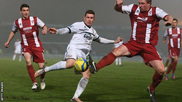 Phil Marsh (centre) in action for Hereford United