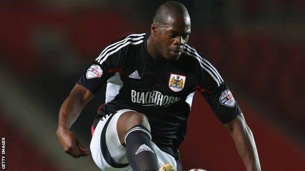 Marlon Harewood playing for Bristol City