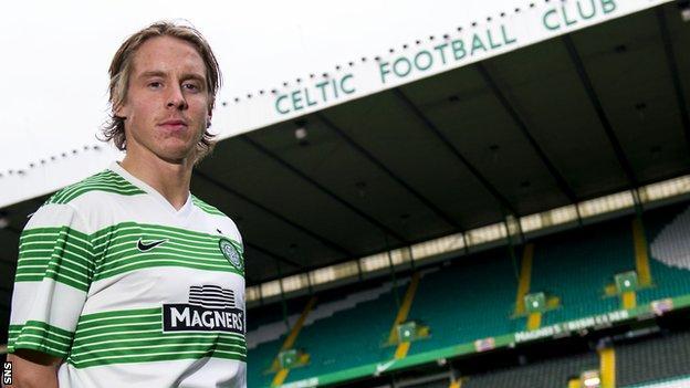 Stefan Johansen in Celtic colours